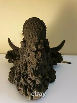 Abigail Ahern/EDITION Brown highland cow head Sold out/Very rare