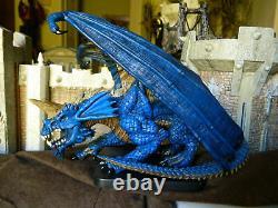 D&D ICONS Mini GARGANTUAN BLUE DRAGON (VERY RARE LIMITED EDITION and HTF!)