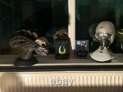 IRobot and Alien DVD Set Realistic Busts. Very Rare Limited Edition Heads