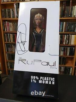 Nib Rupaul Doll Jason Wu Limited Edition Autographe Très Rare! Arrêt De La Séance D'entraînement