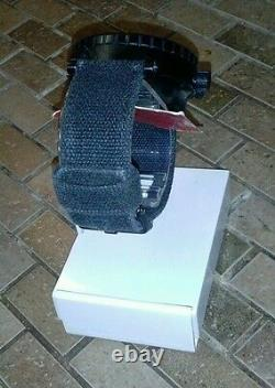 Nixon Barneys New York 51-30 Watch Limited Edition Très Rare, Seulement 150 Made 2007